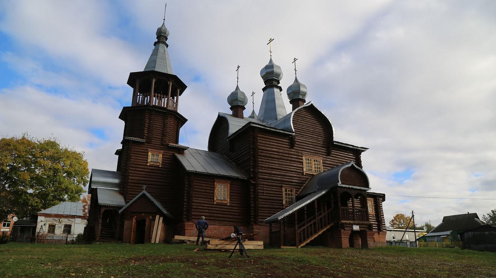 Как выжить молодому священнику в умирающем селе