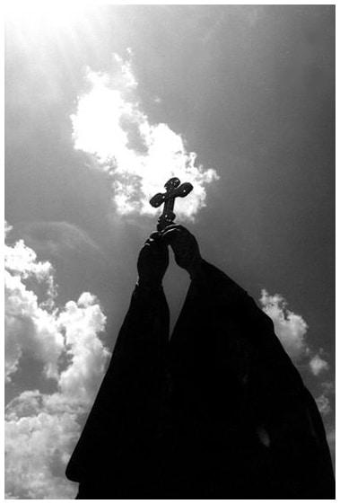 крест небо