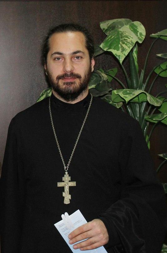 отец Александр Гудовских