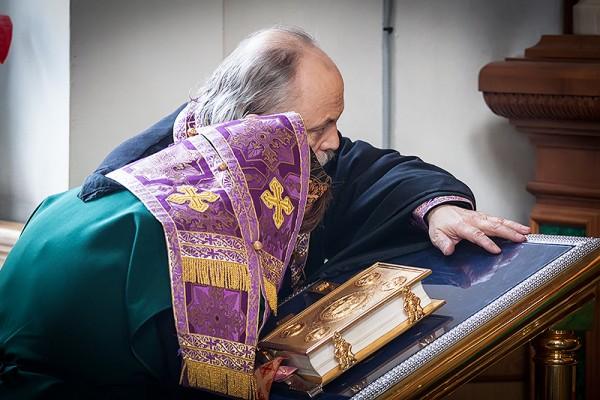 зачем молиться