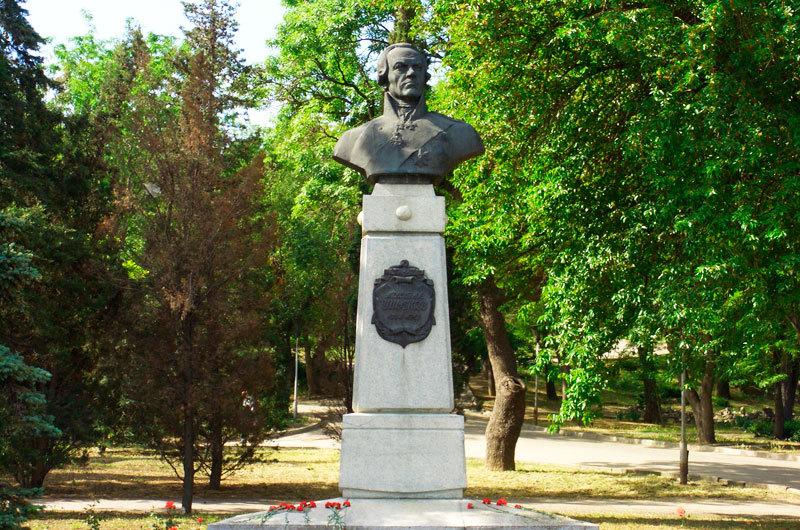 Ушаков в Севастополе