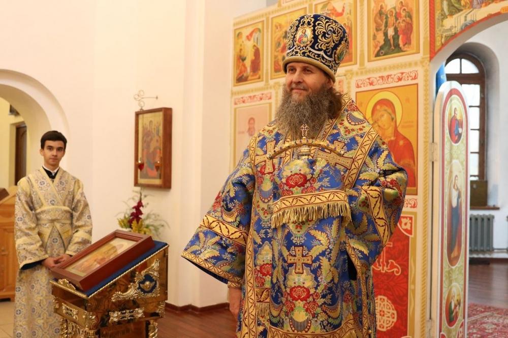 Митрополит Архангельский и Холмогорский